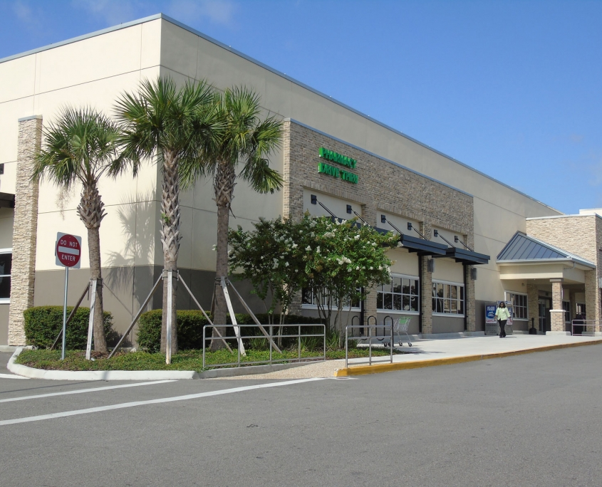 Publix - Bay Point Plaza - St. Petersburg, FL